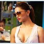 Glamorous Deepika in Race 2